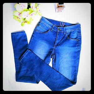 Liv lightweight high waist jeans XS Size 1